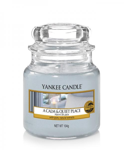 Yankee Candle - Classic Small Jar Housewarmer - A Calm & Quiet Place