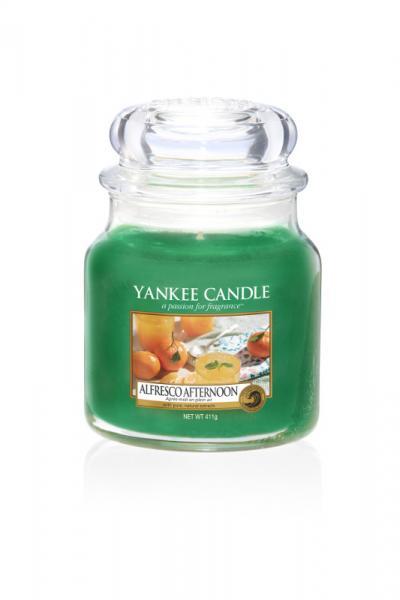 Yankee Candle - Classic Medium Jar Housewarmer - Alfresco Afternoon