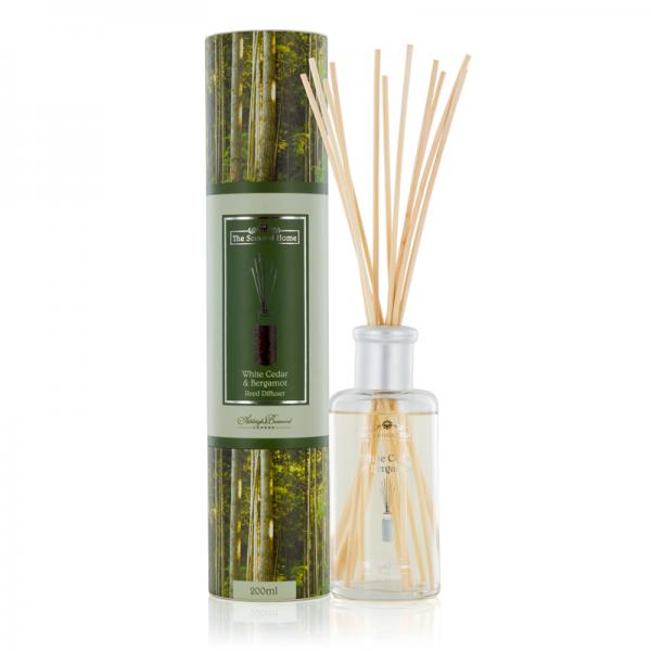 Ashleigh & Burwood - The Scented Home - Reed Diffuser - White Cedar & Bergamot