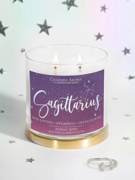 Charmed Aroma - Duftkerze mit Schmuck - Schütze Sternzeichen Kerze (Ring)