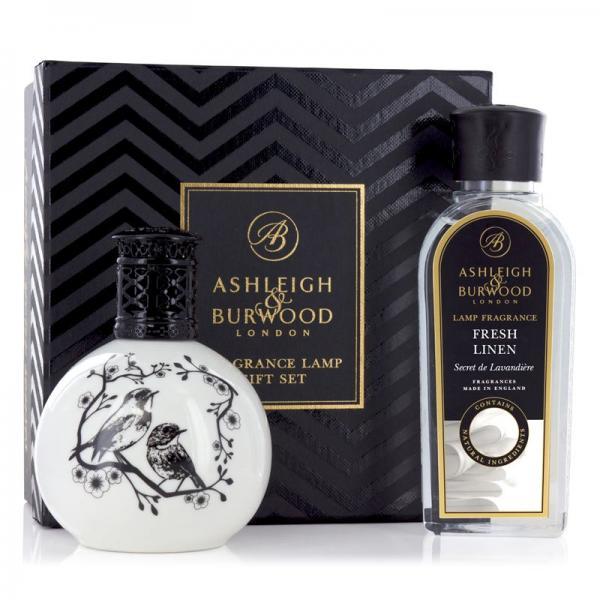 Ashleigh & Burwood - Geschenkset - Duftlampe Two Little Birds & 250ml Fresh Linen